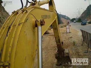 中国首次举办奥运会的那天,我开启了自己的挖机之路