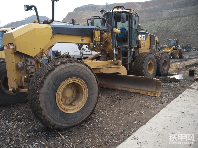 七年矿上挖机维修生涯,感受着人生的酸甜苦辣!