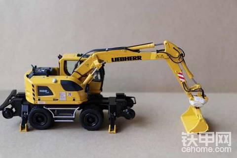 """机械小白玩模型(19)""""铁道游击队"""" 利勃海尔A 922 Rail Litronic 轮式挖掘机"""
