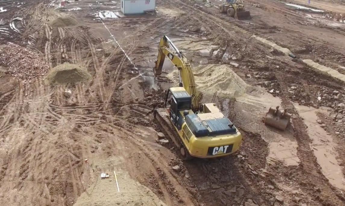 反面案例 施工员配合不到位引起的挖机没活干(二)