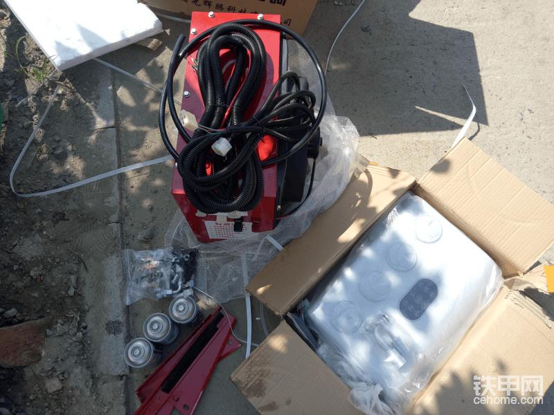 【我是改装达人】不降温不罢休!现代225-7LC挖掘机二改电空调全纪录