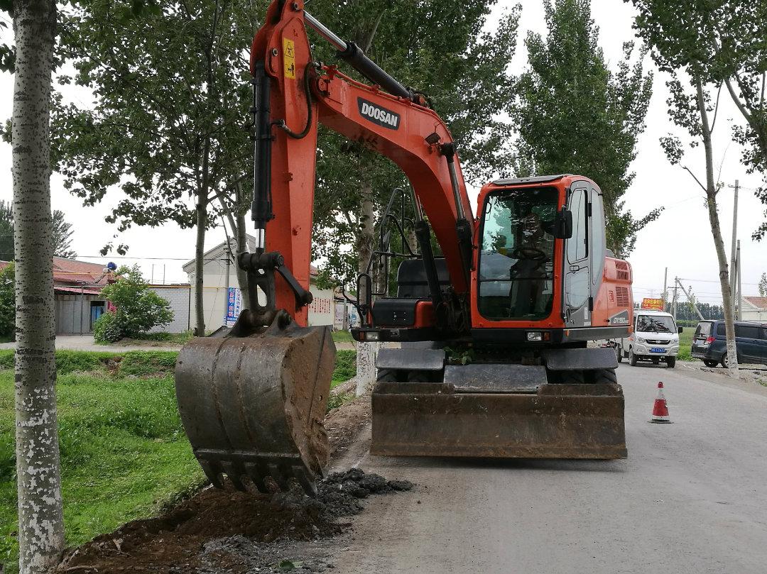 斗山DX150W9C轮胎式挖掘机采购及使用