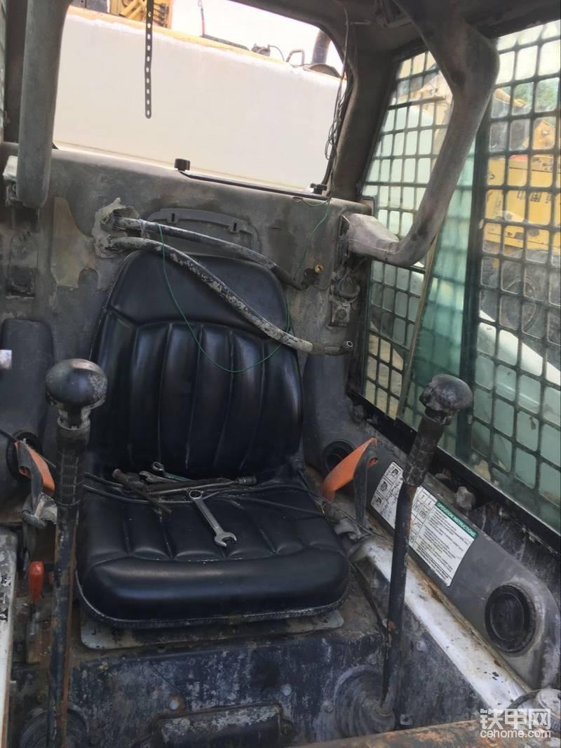 晒一下:二手山猫s160滑移装载机