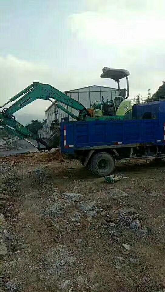 挖机连车一起被盗,求扩散