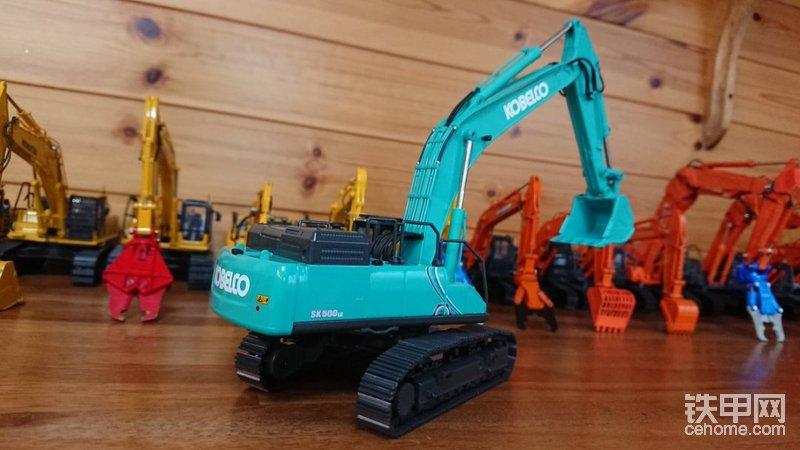 神钢500-10挖掘机模型仝集