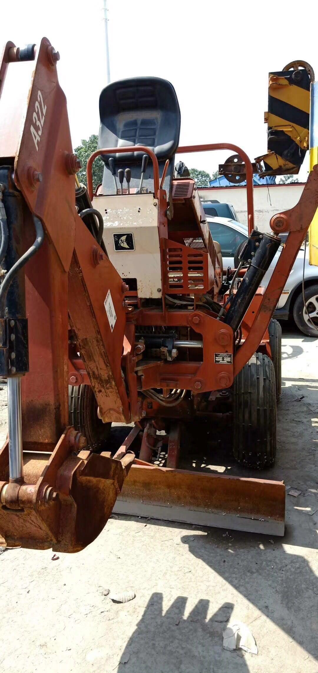 代出售开沟挖掘机
