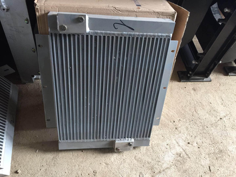 玉柴挖机散热器总成