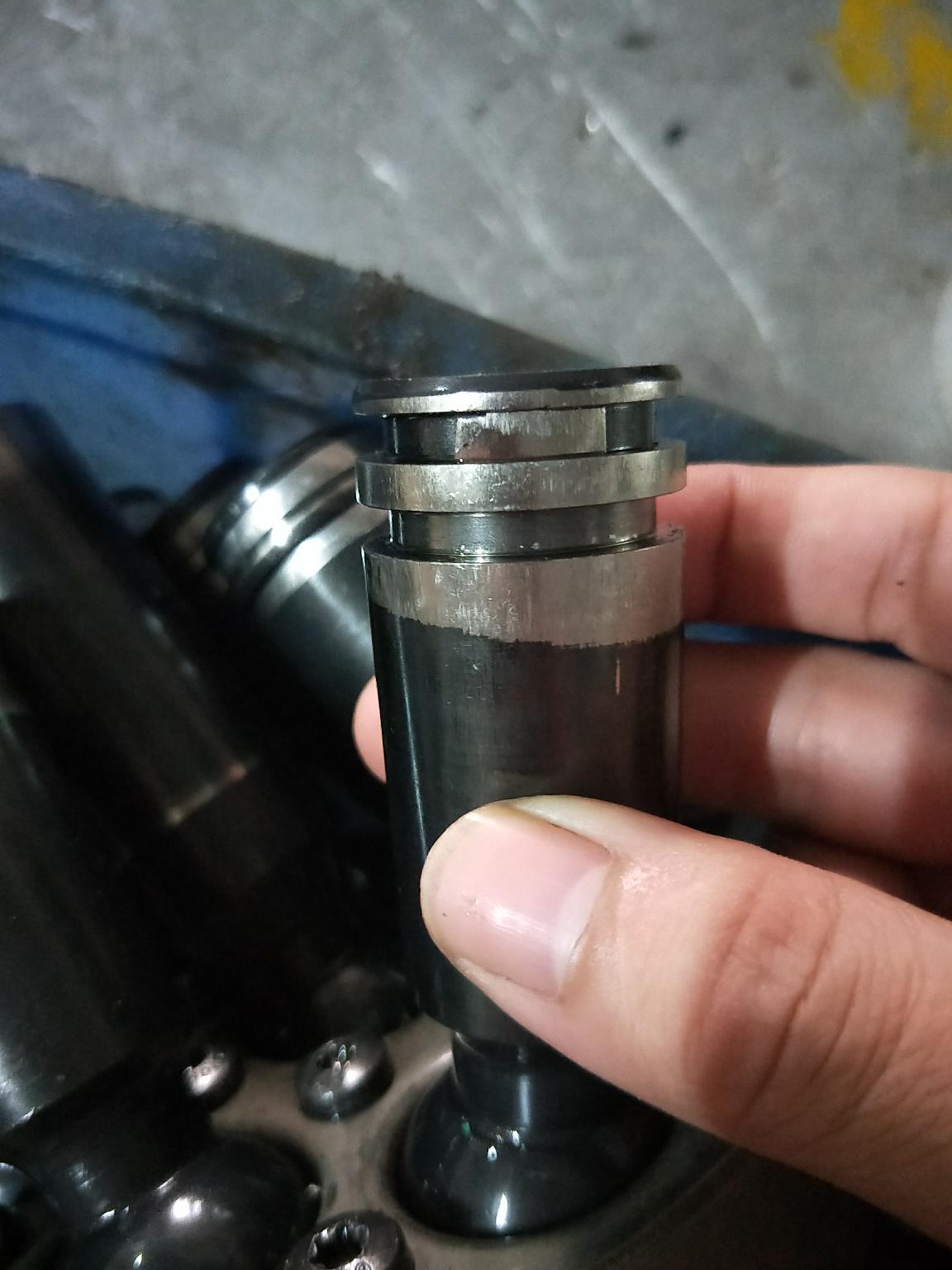 搞液压泵阀的有吗?
