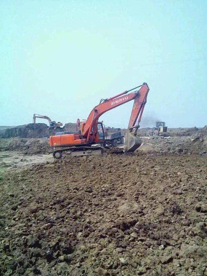 我家的熔盛210-8挖掘机,都10000多小时了