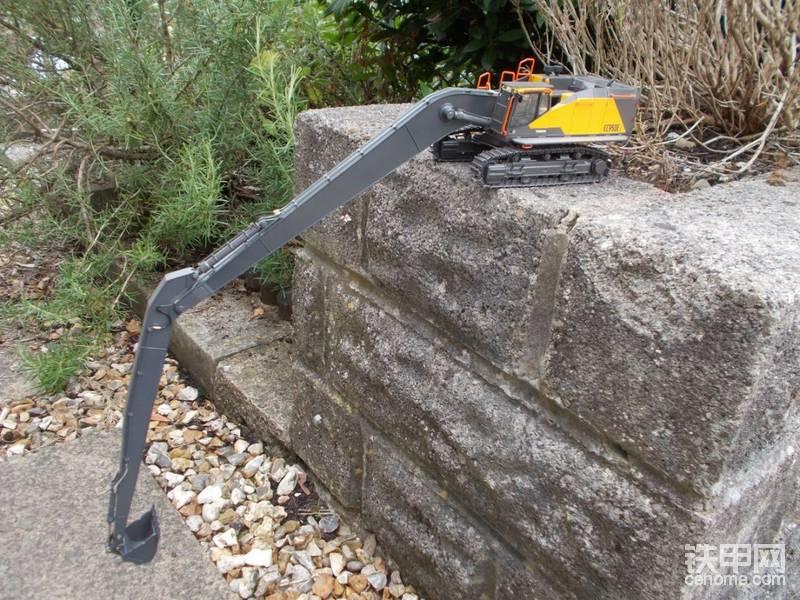 沃尔沃EC950 LR长臂挖掘机模型