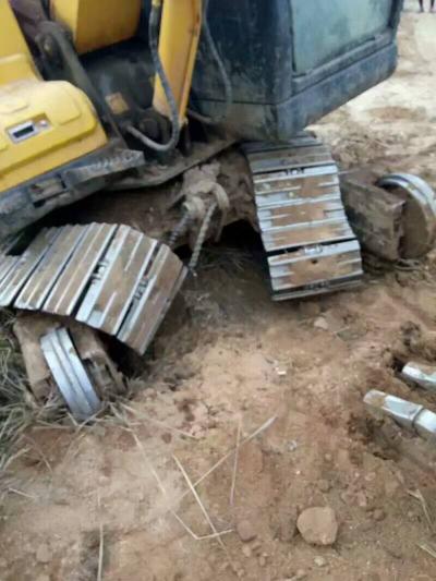四川挖机群云南挖机群