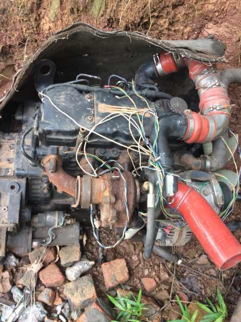 有没有需要拆车件的送进口摩托一辆
