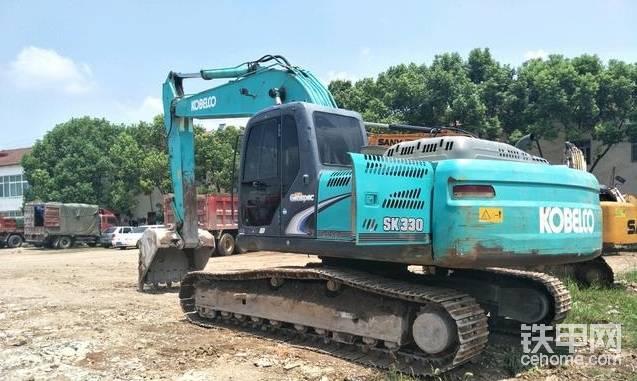做过几十次替班司机,20吨以下的挖机替班300一天