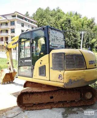 【我的爱机】小松PC60-8 靠得住的小挖