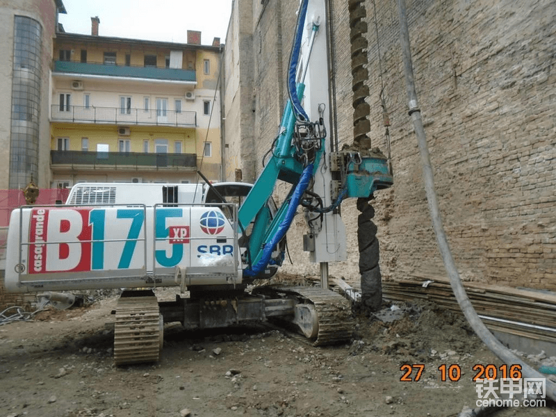 海外靓机:Casagrande B175XP螺旋钻机-帖子图片