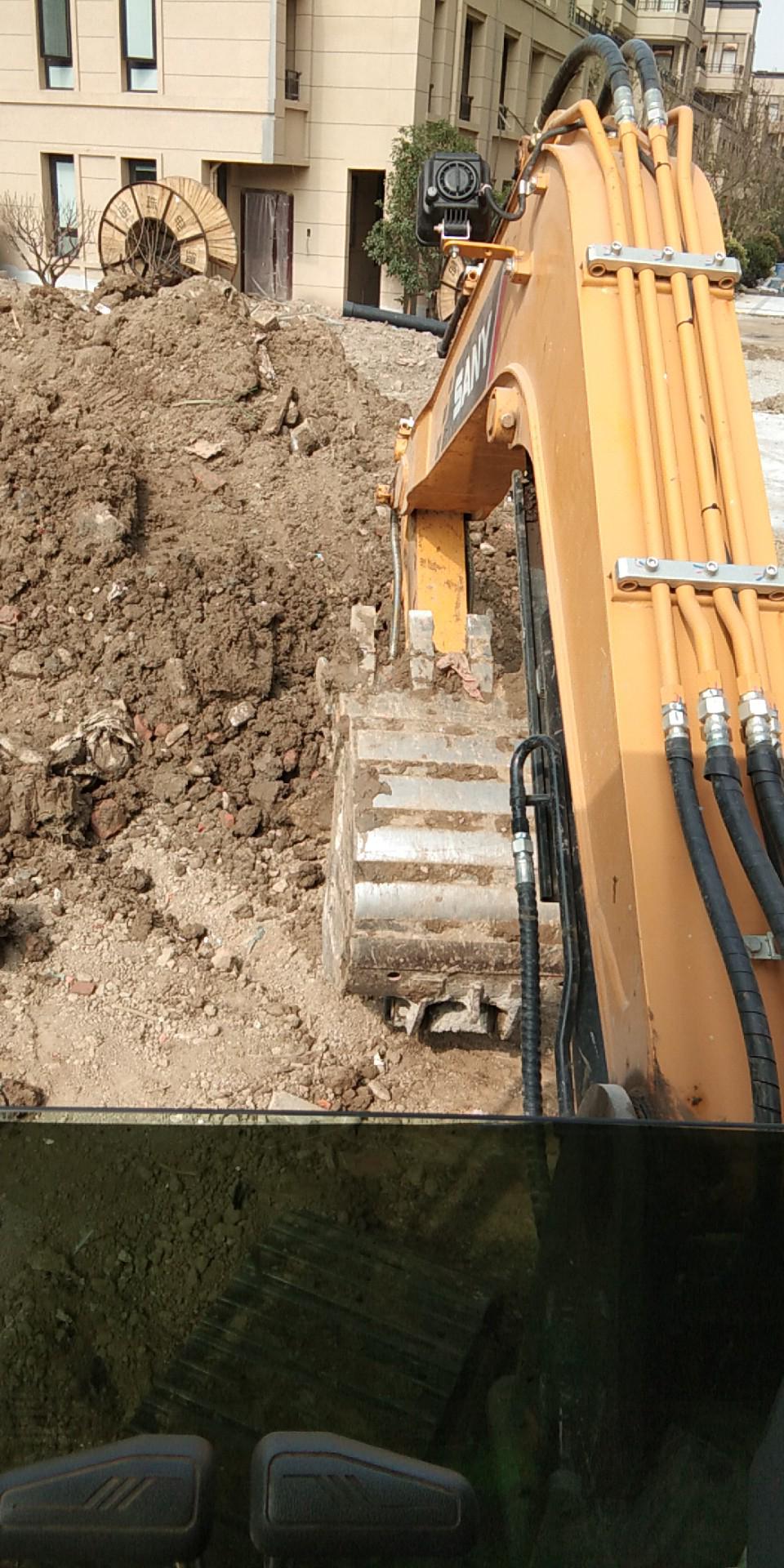 三一55小挖机,一千小时报告