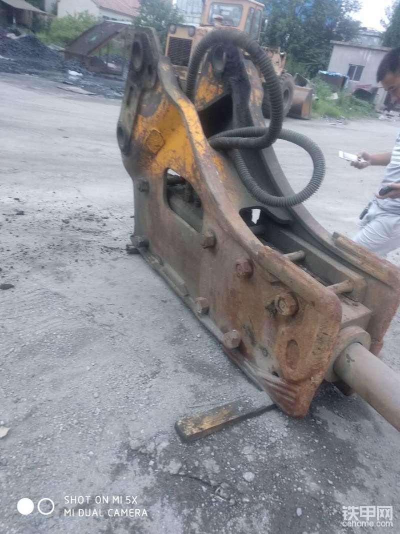 挖掘机破碎锤 165破碎锤