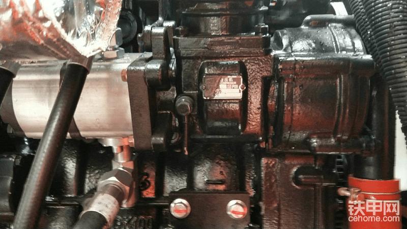 85机是玉柴齿轮泵,打气泵用的齿轮泵,减少故障率