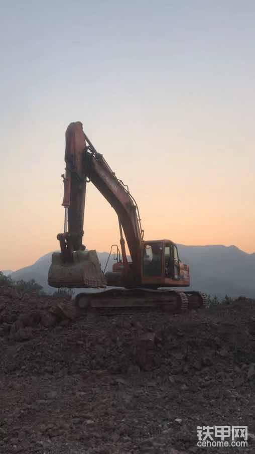 每一个日出日落,都是我们努力工作的见证!