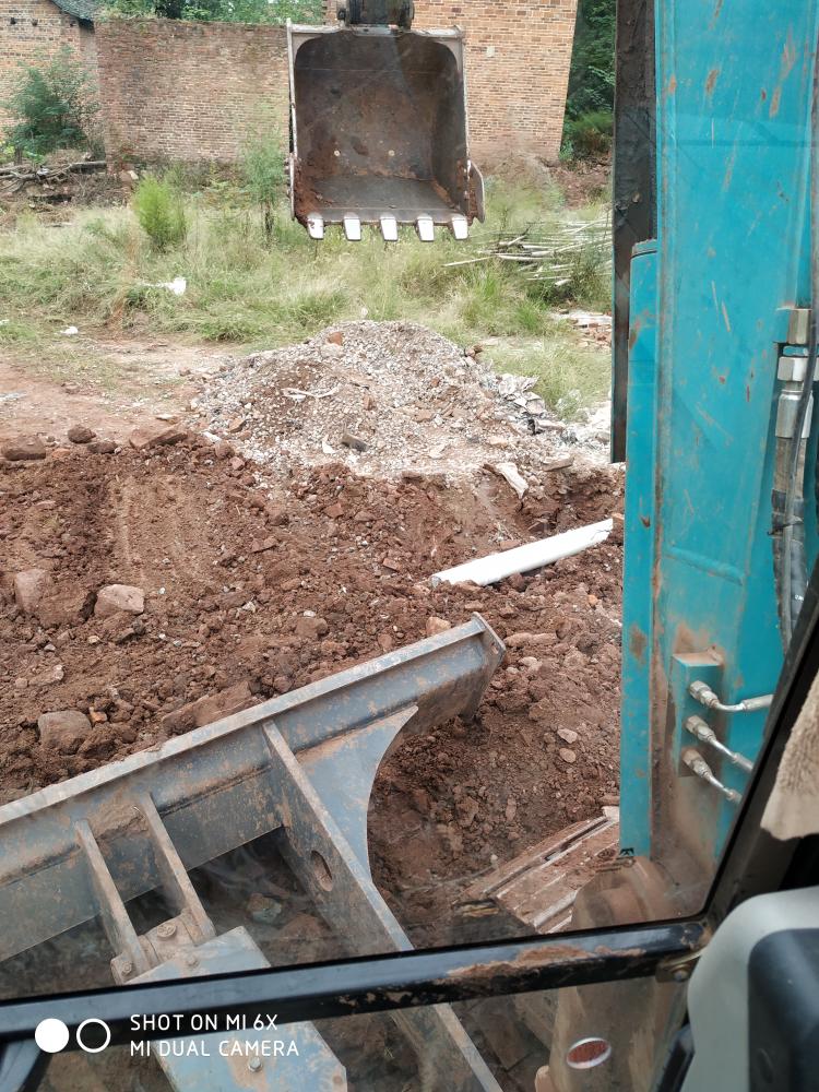 《我的铁甲日记第二十一天》结束工地,去另一个工地挖水渠