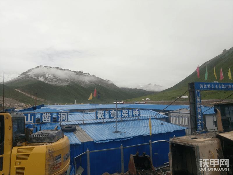 18年在西藏,今年的工作好干,老板人很好。到现在都玩了一个月了,12号上新工地。