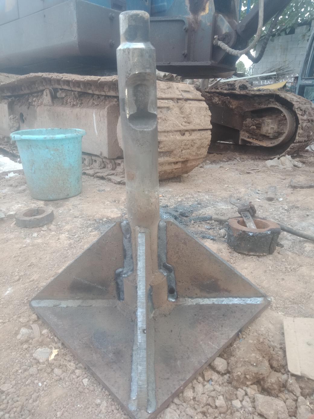 挖机夯土器