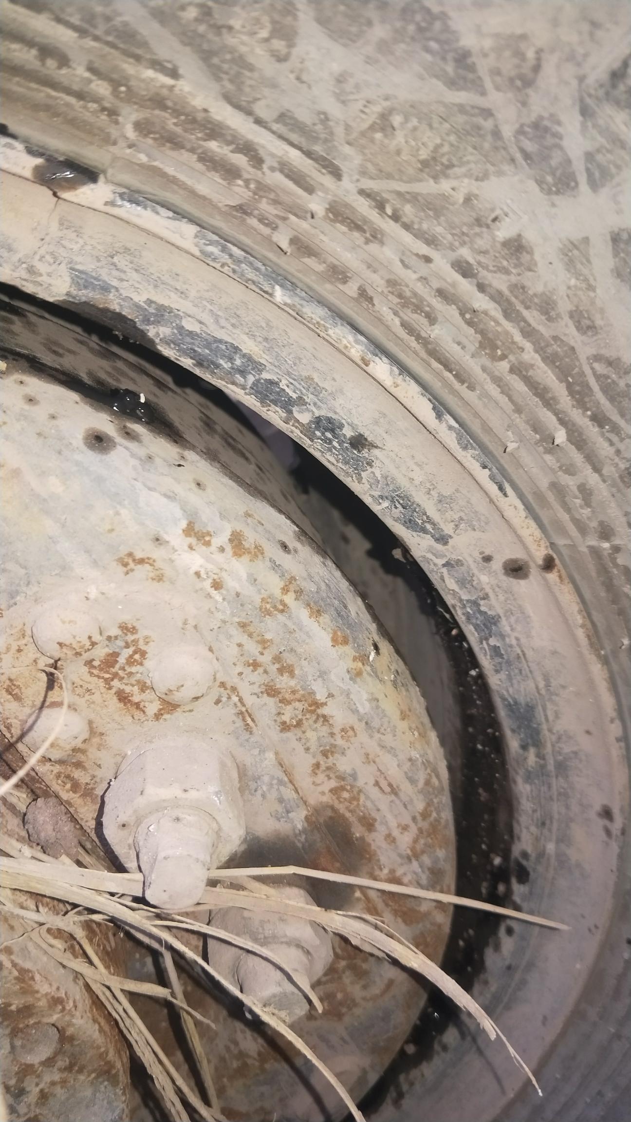 维修轮挖轮毂