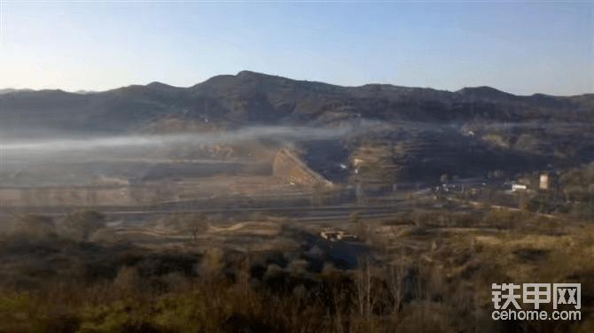就是在这样的山上,早上薄雾蒙蒙犹如仙境。