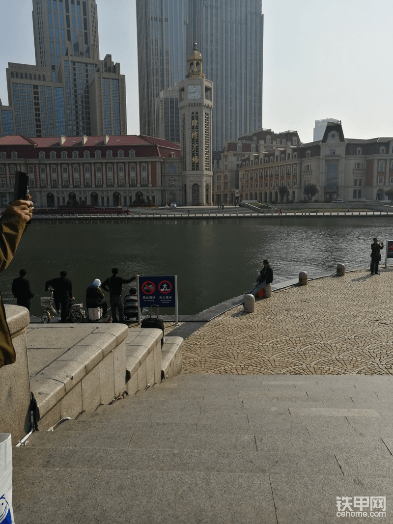 听说这是有名的滨河