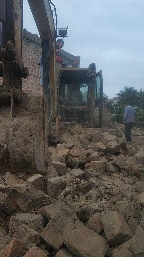 【一招鲜】小心小心再小心,农村拆房子可不简单
