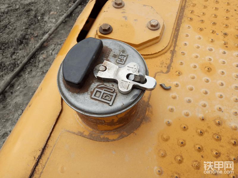 卡特336铁甲云盒安装