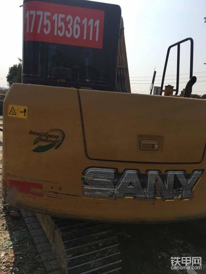 江苏盐城招小挖驾驶员一名。