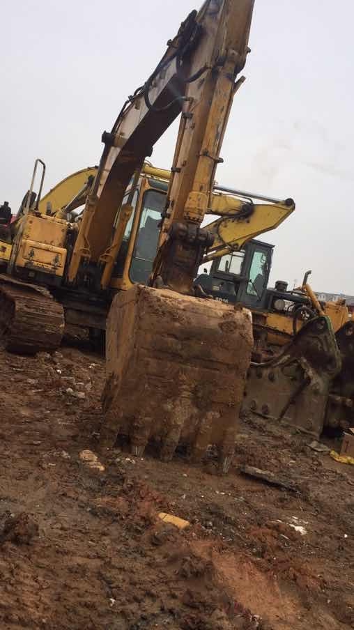 跪求山东临工挖掘机的合格证,