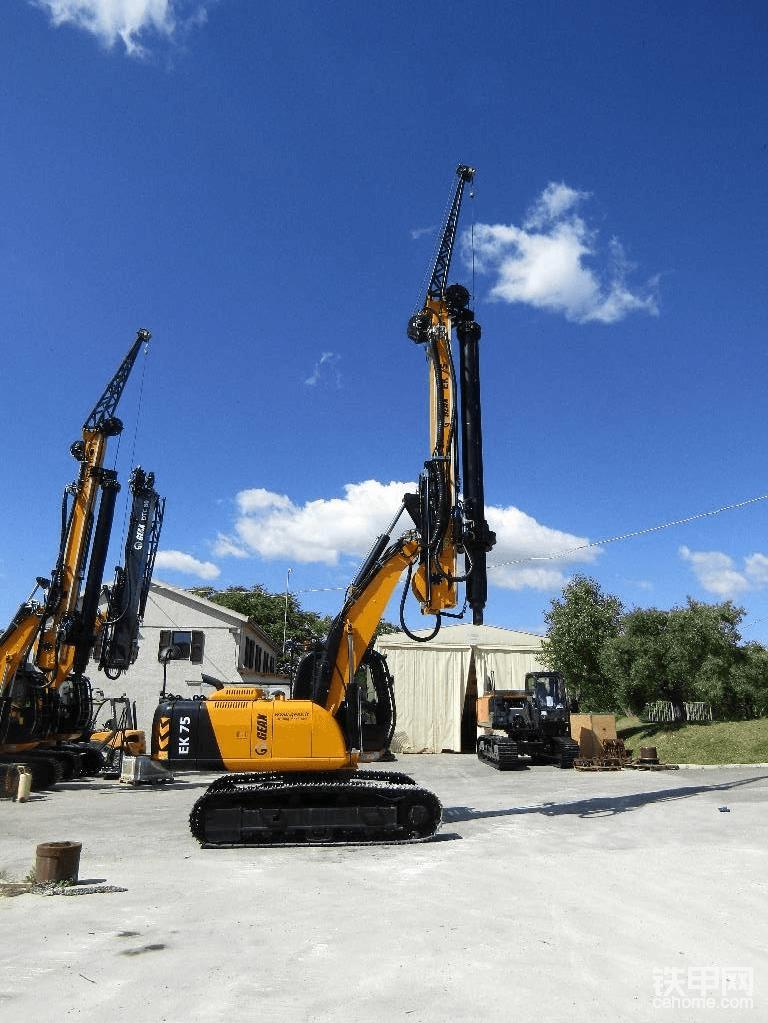 海外靓机:Geax  EK75旋挖钻