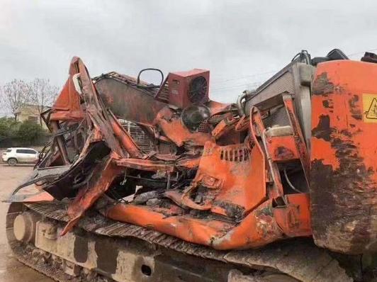 挖掘机拆解,挖掘机终身的去处