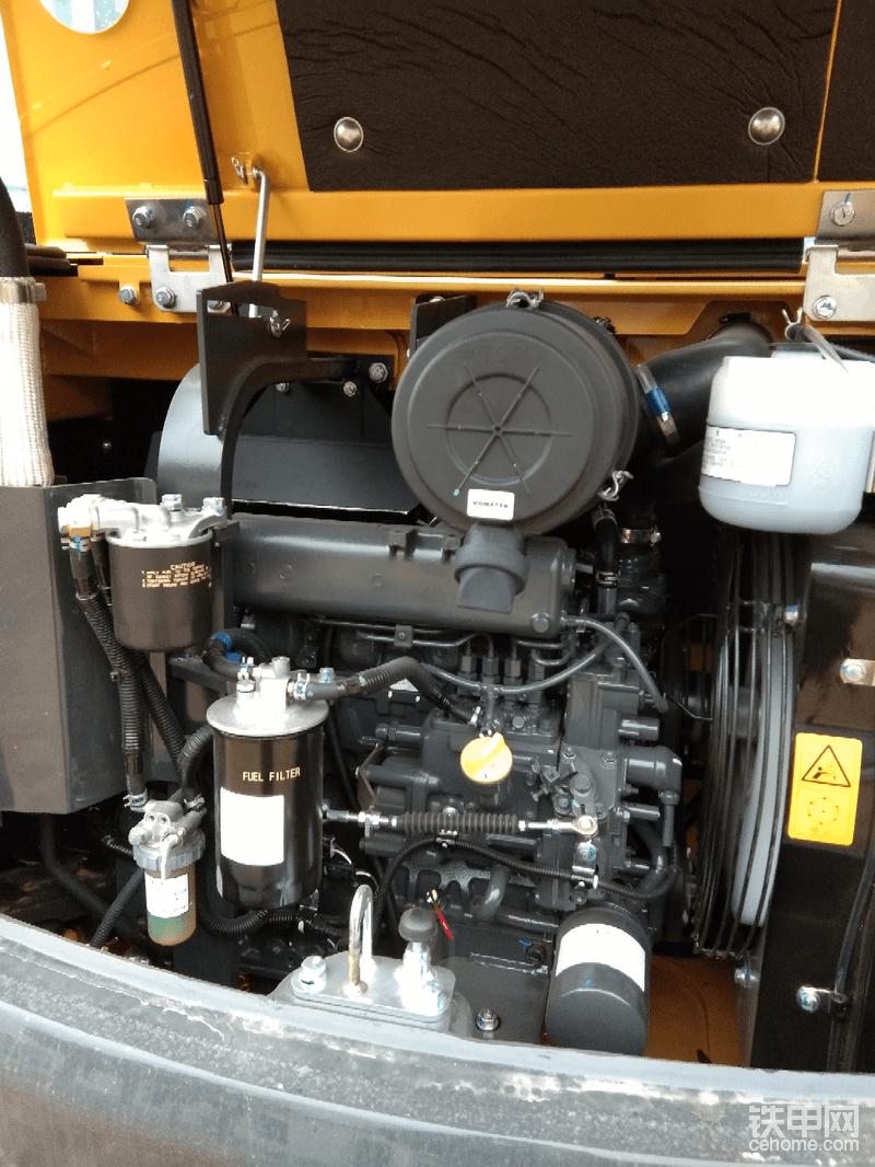 久保田为小松代工生产的s4d87e发动机,噪音可与轿车相媲美