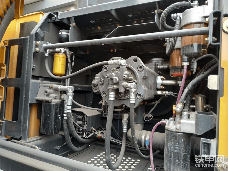 保养简单,柴油滤芯粗滤是并联的,并且有电子泵