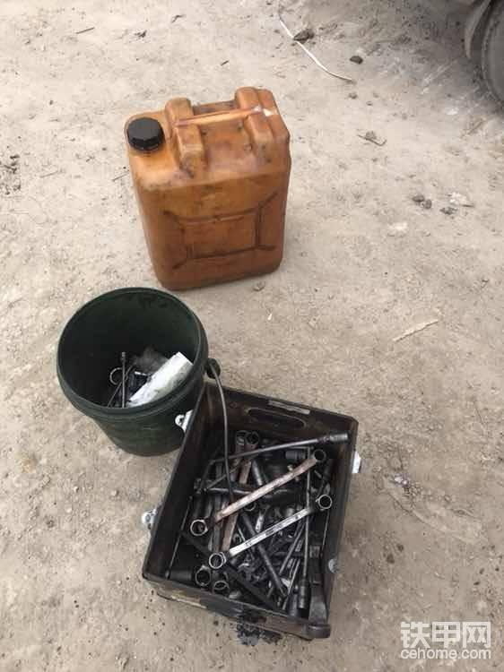 准备大桶若干,工具配齐