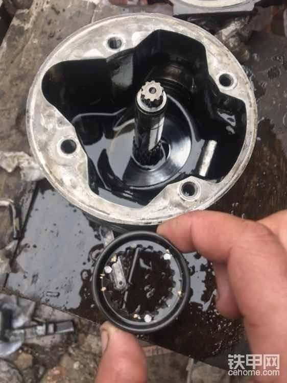 泵壳里面是介个样子滴