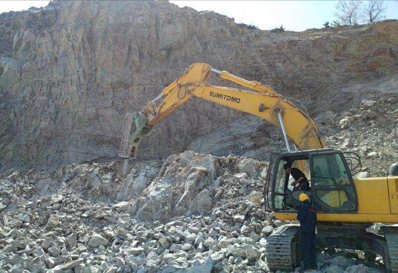 【金猪送福】十年挖机史7,谈谈挖机打锤的一点小经验