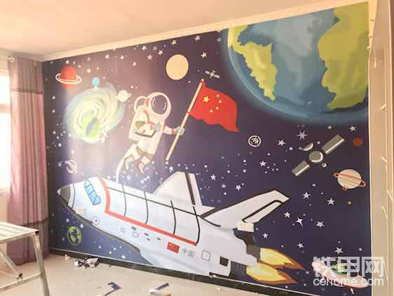 这是给客户弄的全屋壁画!是个儿童房!小孩就喜欢这样的卡通图片!