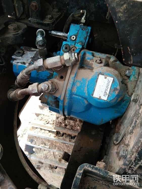 看看大泵有没有动过的痕迹(看看漆面,螺丝之类的,如果动过会掉漆)正常10000小时之内不会动大泵