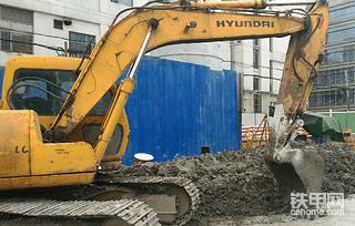 【金猪送福】挖掘机施工安全建议