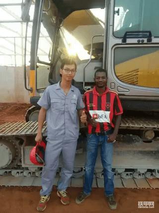 我在安哥拉开挖机4:大西洋特产多,黑妹热情!