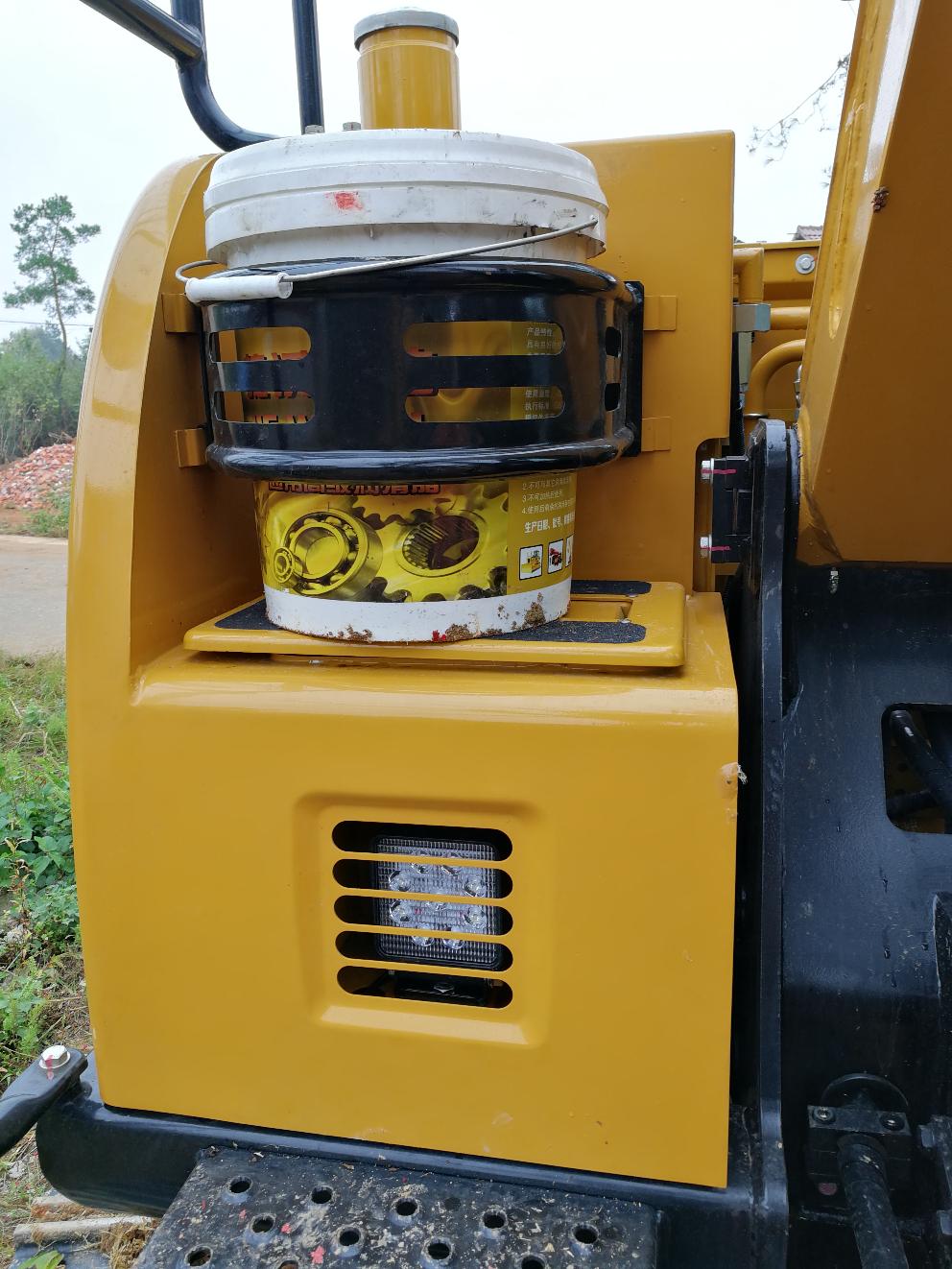 关于三一75c挖机旋转黄油多久打一次