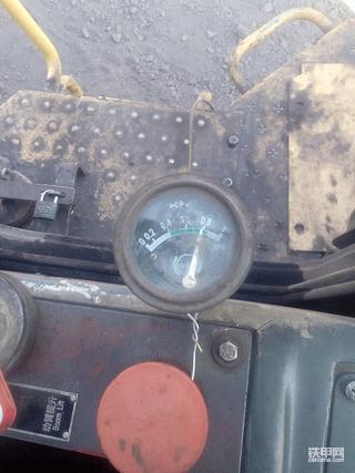 分享一例柳工装载机变速箱的维修