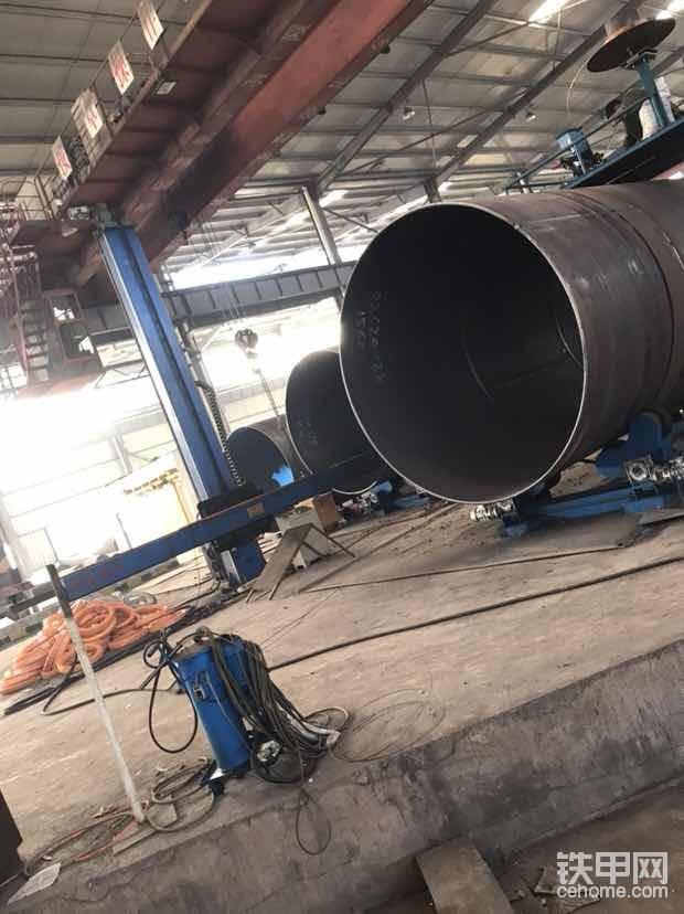 直缝钢管直径2.6米厚度28毫米