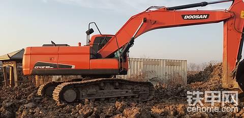 斗山DX215-9C挖掘机出现严重的质量问题垃圾斗山