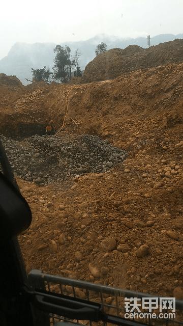 找个铲车30-40分筛斗