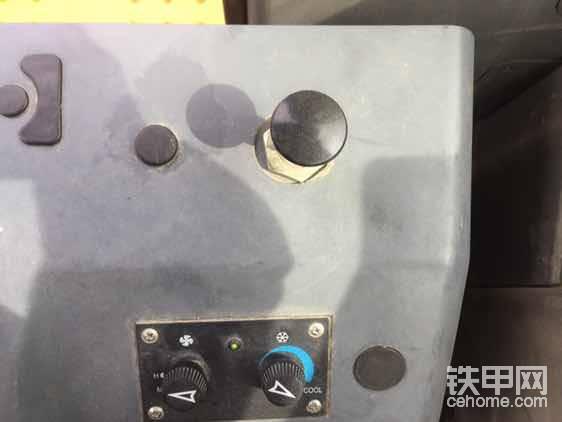 """断气刹车<img class=""""smiley"""" src=""""/img/smiley/new/tiejia50.gif"""">"""
